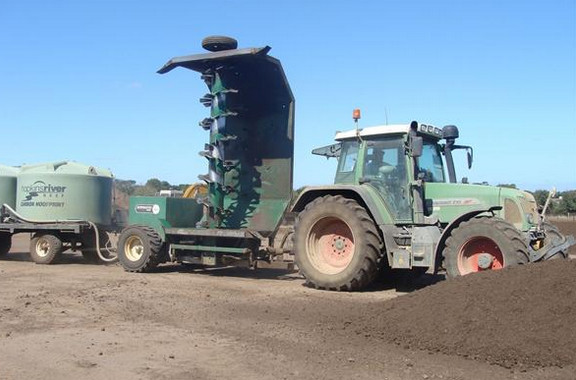 australian-compost-turner